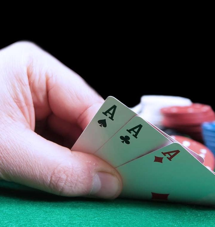 3 ways how various poker games can improve your lifestyle