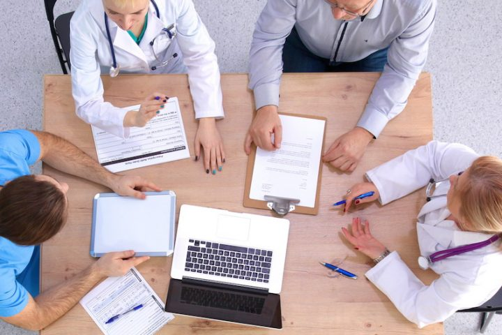Effective CVs and Resumes for Locum Tenens Clinicians